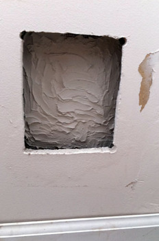 hole_in_the_wall_041711-04.jpg