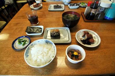 mikura_breakfast_091313.jpg