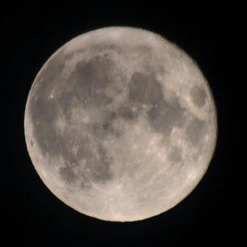 super_full_moon_031911.jpg