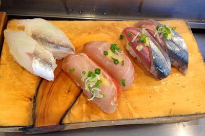 sushi_083113-05.jpg
